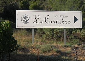 Pancarte direction Chateau La Curnière
